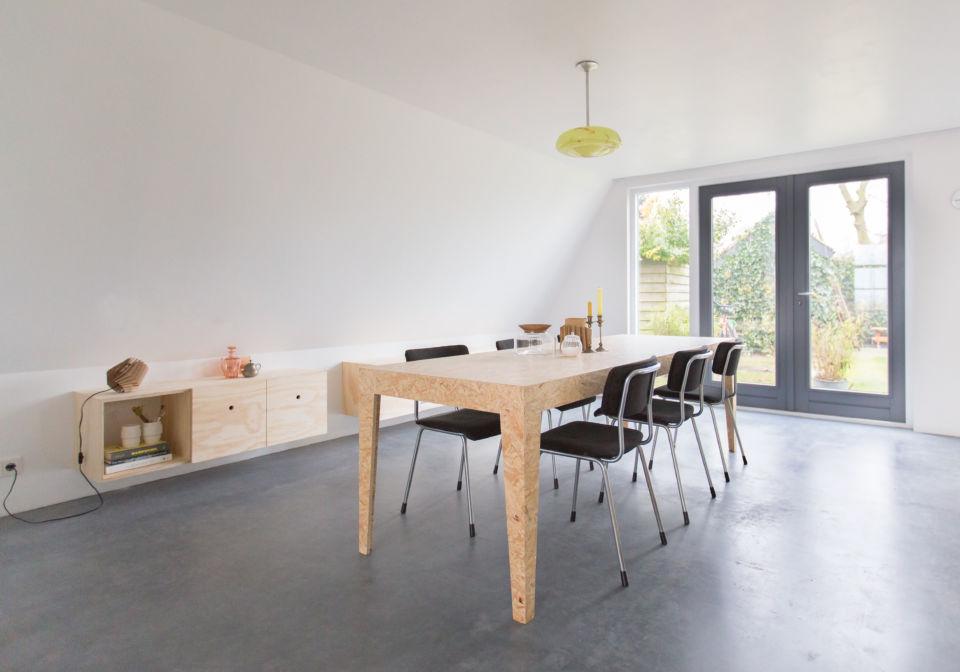 OSB tafel in verstek. 240x90x76.
