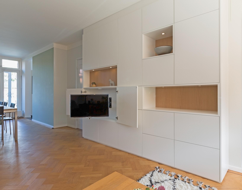Tv wandkast rensvanbemmel ambachtelijk meubelmaker en for Tv wandkast
