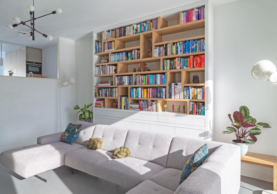 extra hoge boekenkast op maat
